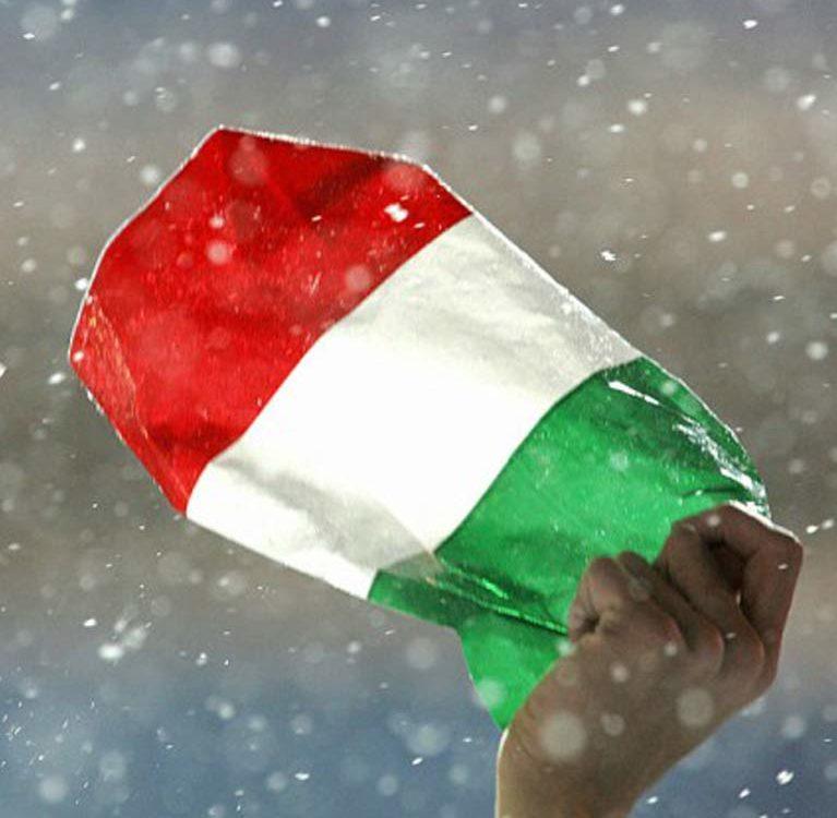 Italia in mano